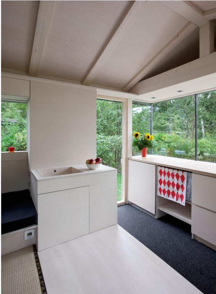 tiny-cottage-summer-house-verstas-helsinki-3-gardenista