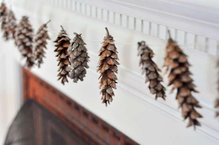 pine-cone-garland-remodelista