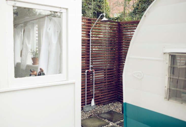 Outdoor showers Nashville trailer camper