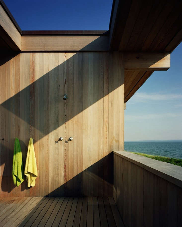 Outdoor showers Shelter Island