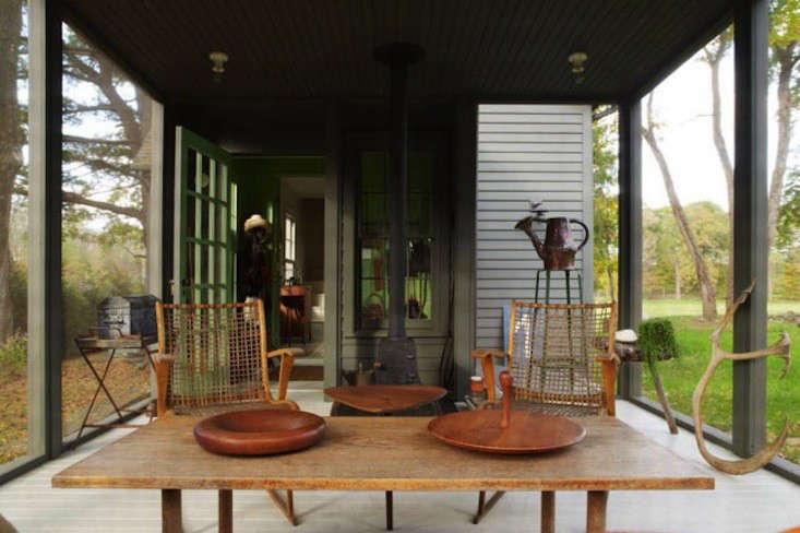 tsao-mckown-architects-farmhouse-screened-porch-remodelista-1