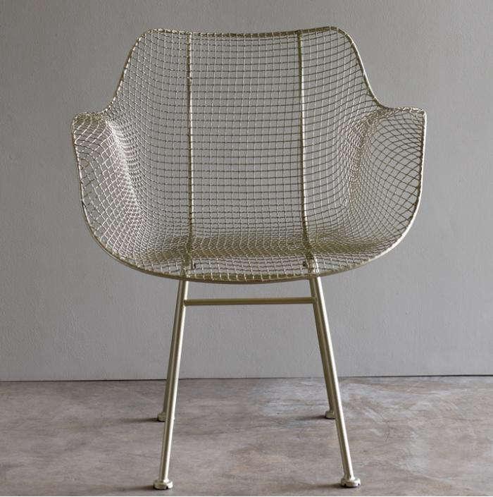 700_biscayne-wire-chair-gardenista