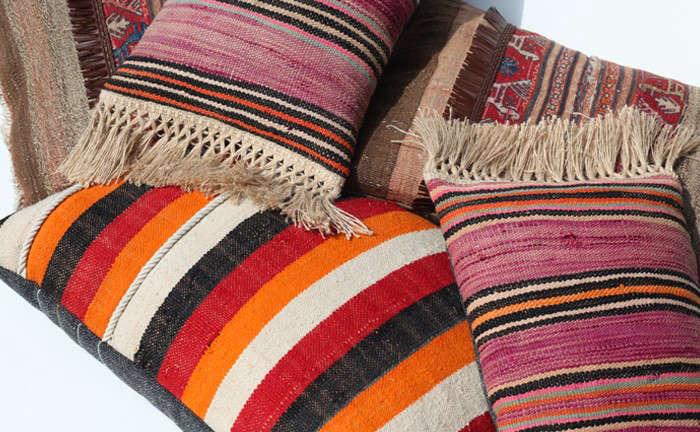 commune-kilim-pillows