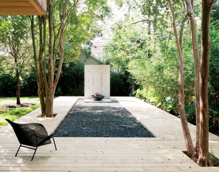 Photograph by Jack Thompson courtesy of Robertson Design.A gravel pit centered in a wood deck creates a serene symmetry.