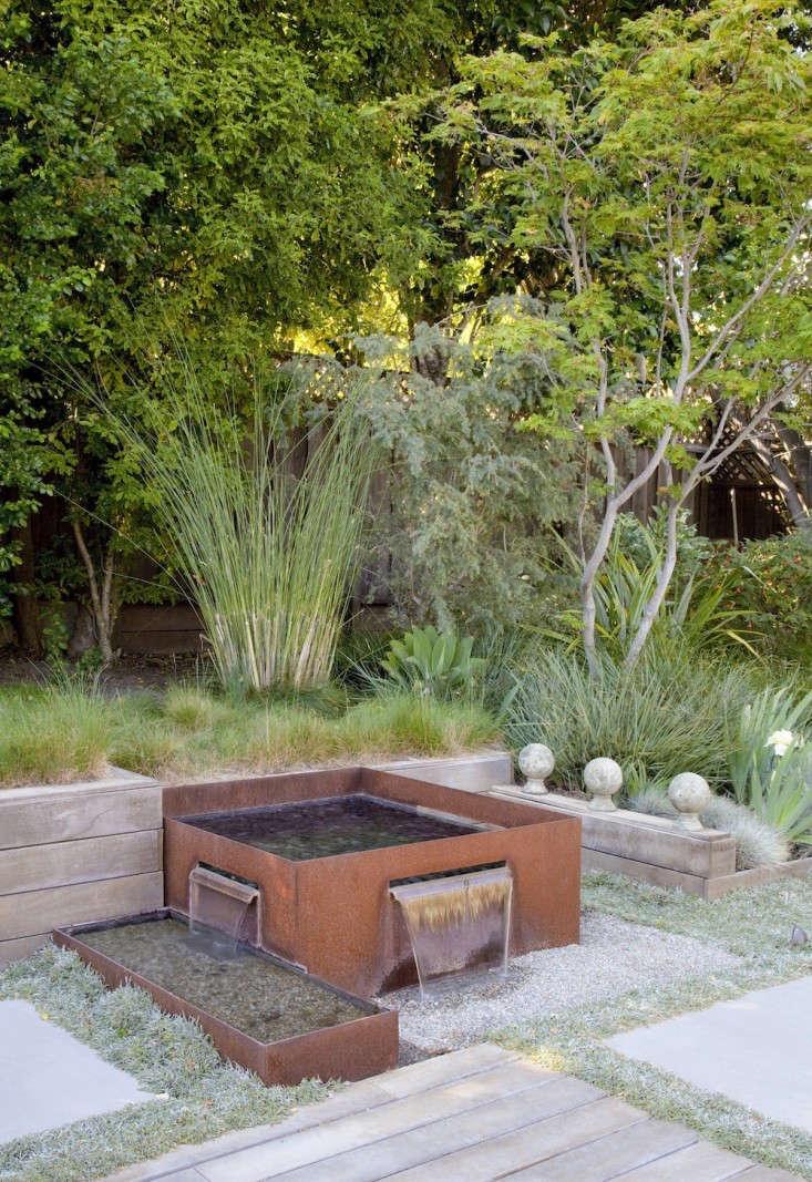 A Cor-Ten steel slot fountain in a San Mateo, California garden designed by Growsgreen Landscape Design. For more of this garden, see Gardenista Considered Design Awards \20\15.