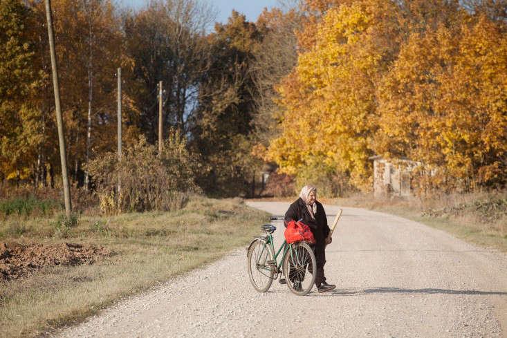 Freunde-von-Freunden-Aigars-Bikse-latvia-bicycles-gardenista