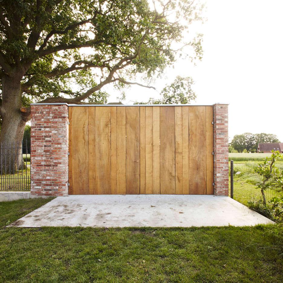 Wirth-Architects-Brick-Garage-Gardenista-2
