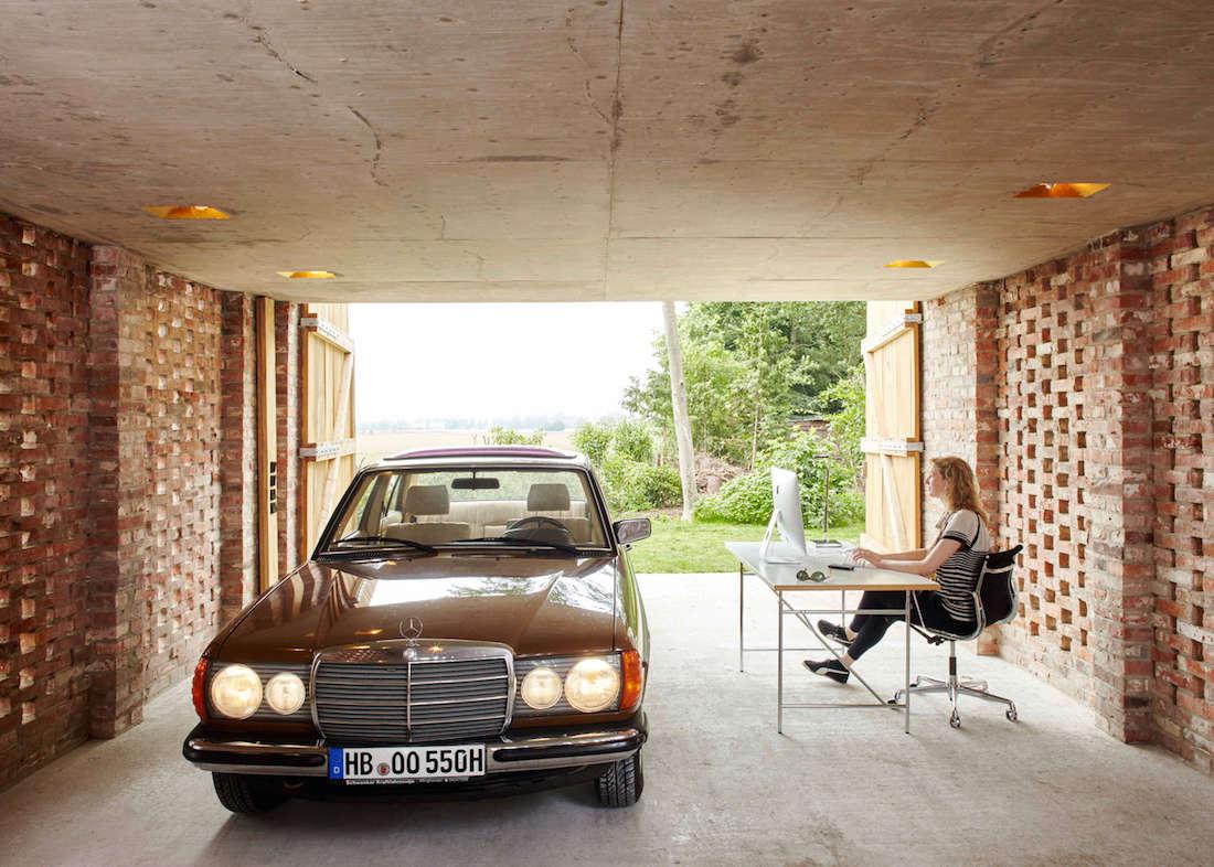 Wirth-Architects-Brick-Garage-Gardenista-5