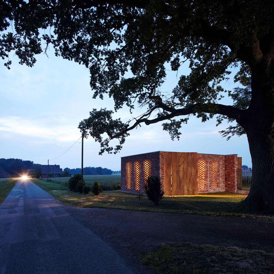 Wirth-Architects-Brick-Garage-Gardenista-7