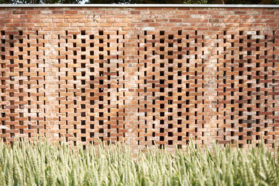 Wirth-Architects-Brick-Garage-Gardenista-9