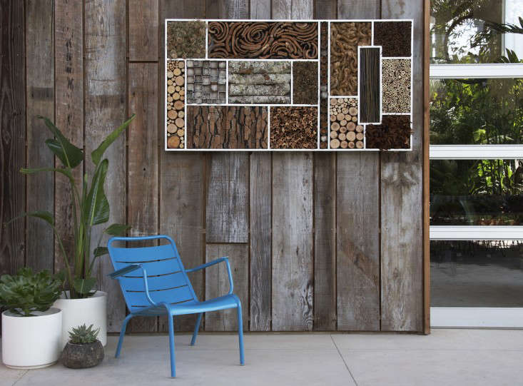 bee-house-wall-flora-grubb-kevin-smith-gardenista