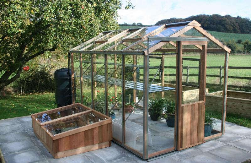 greenhouse-evolution-alton-uk-gardenista