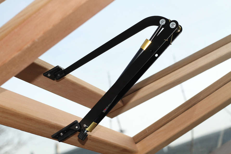 greenhouse-skylight-hardware-alton-uk-gardenista