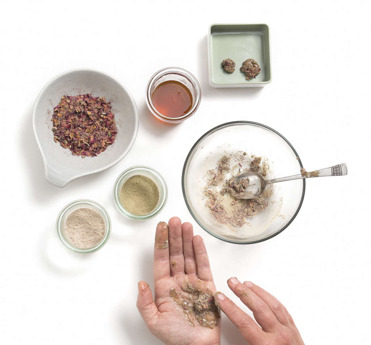 herbal-apothecary-electuary-gardenista