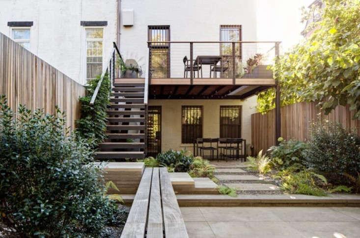flatbush-modern-townhouse-garden-backyard-gardenista