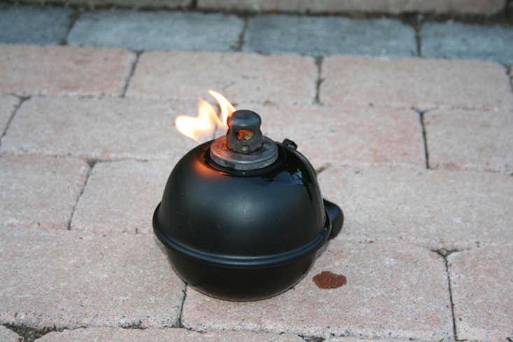oil-lantern-garden-gardenista