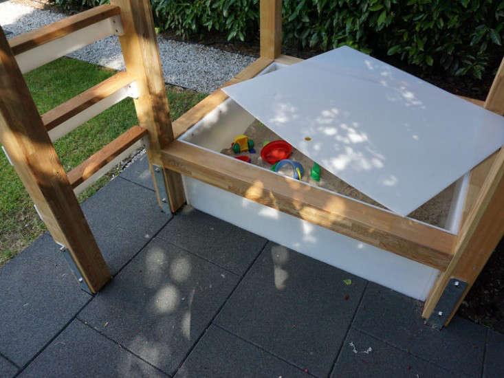 play-structure-sandbox-gardenista