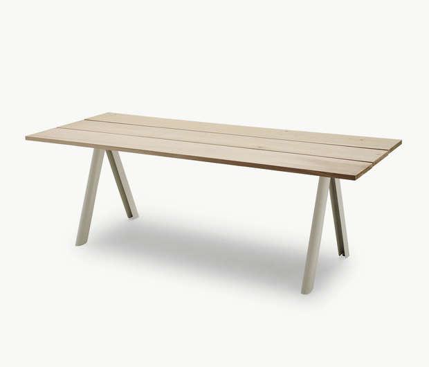 skagerak-overlap-table-gardenista