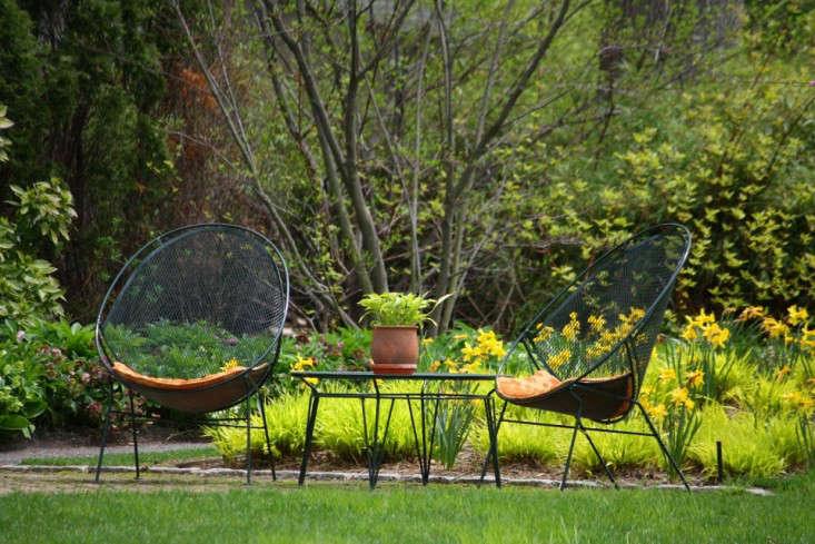 spring seats_marie viljoen-silas-mountsier-garden-gardenista