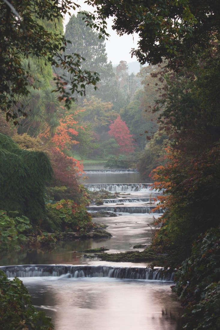 fixed-ireland-gardenista-Mount Usher River Weirs Bridge5