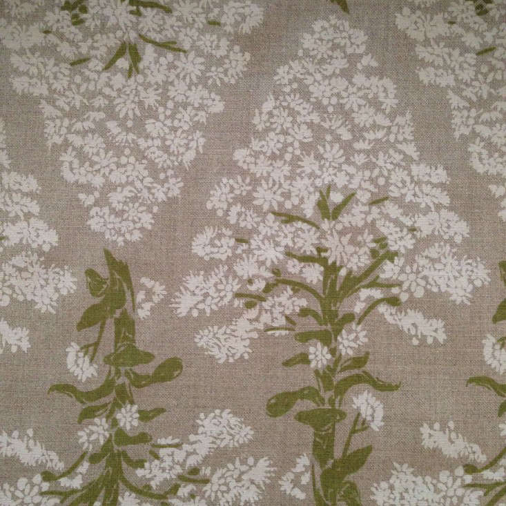 lake-august-botanical-fabric-gardenista-Brink-Im-flat