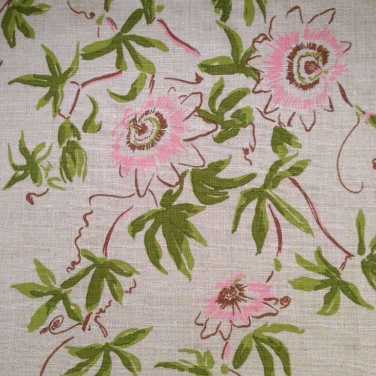 lake-august-botanical-fabric-gardenista-Caerulea-Speranza-flat
