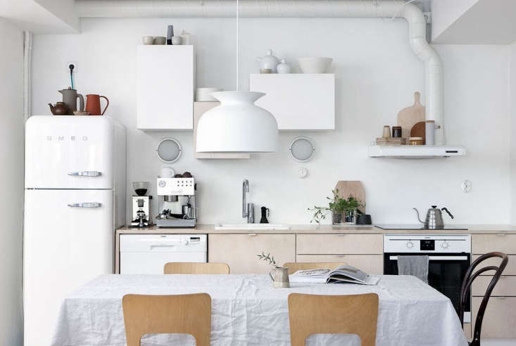 Find out everything you need to know to replace a refrigerator in this week&#8\2\17;s Remodeling \10\1 post.