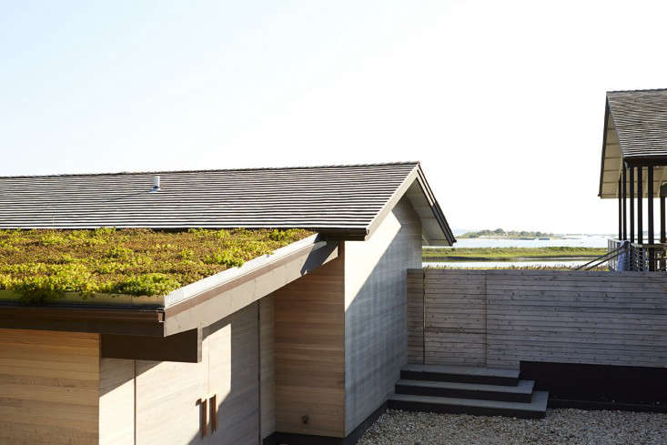 Shelter_Island_Ochre_Canvas_Home_garden_gardenista_roof_3