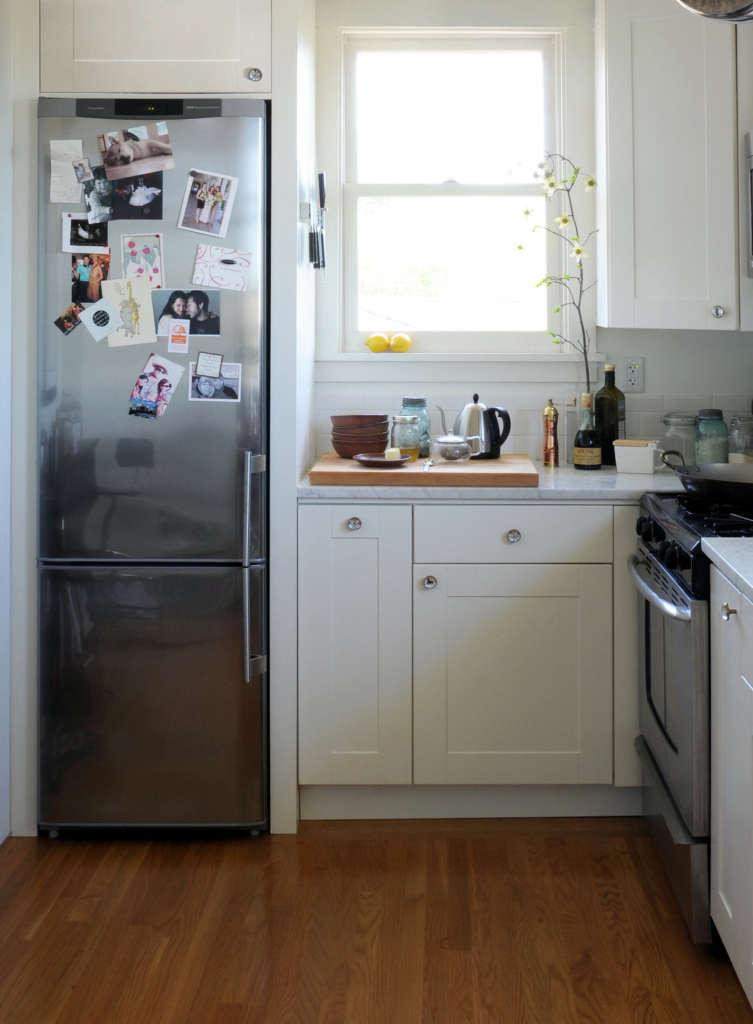 ore-studios-skinny-refrigerators-remodelista-753x1024
