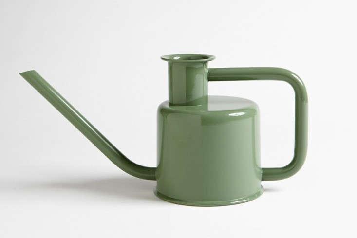 slider-watering-can-gardenista