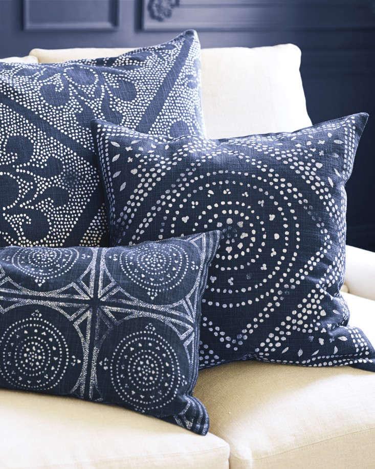 Camille_indigo-screenprint-pillow-gardenista