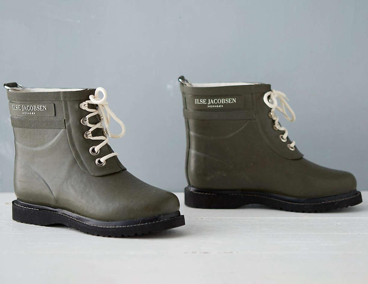 Ilse-Jacobsen-Rainboots-Terrain-Gardenista
