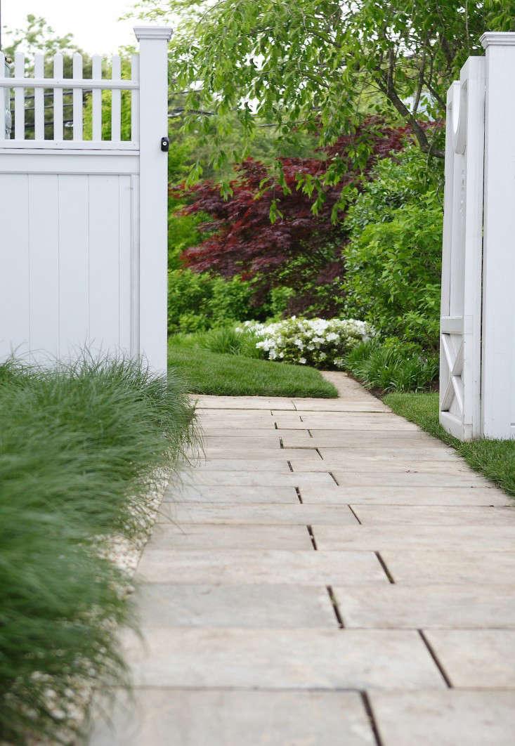 JPLA_Coastal_Cottage_Neil_Landino_(5)_Gardenista
