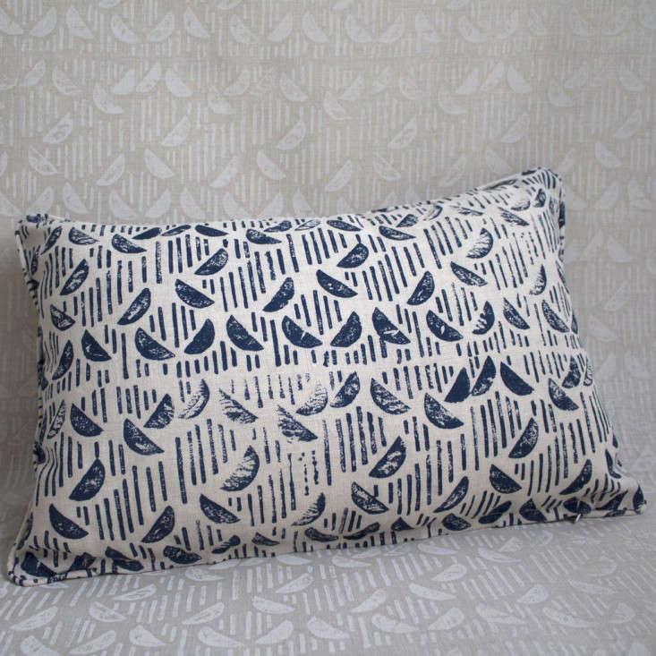 blue-throw-pillow-gardenista