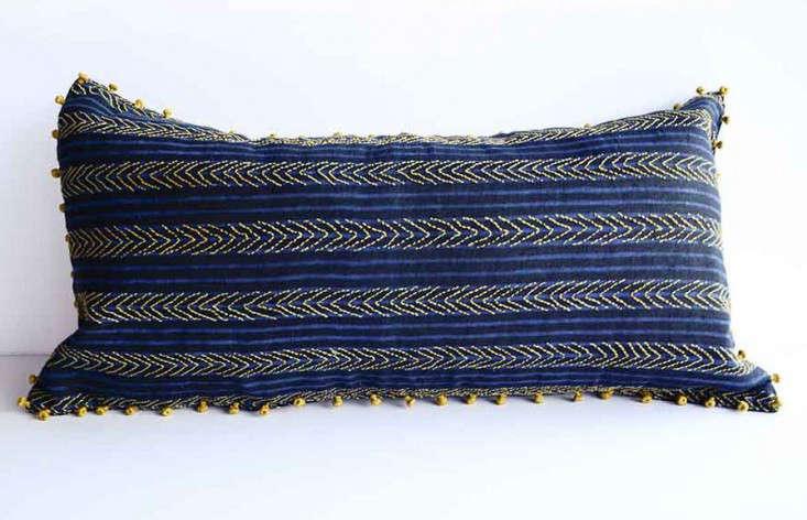 blue__blockprinted_pillow_ichcha_gardenista