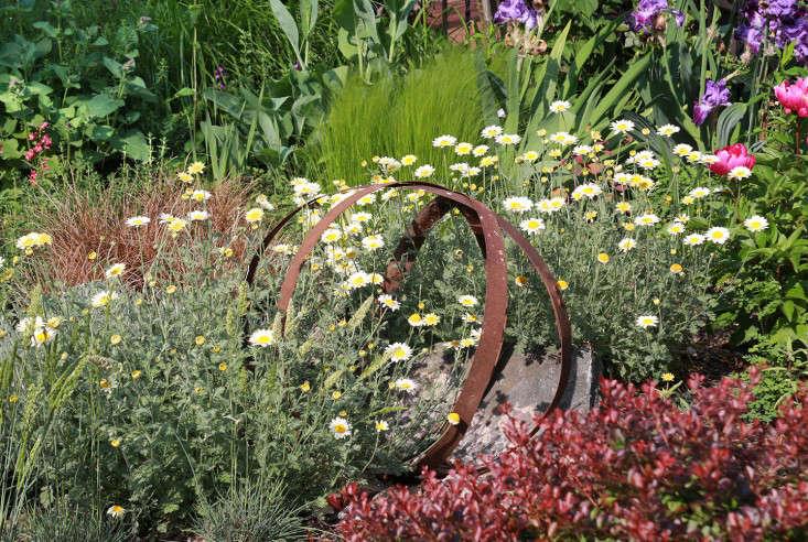 carroll_gardens_brooklyn_gardenart_marieviljoen_gardenista