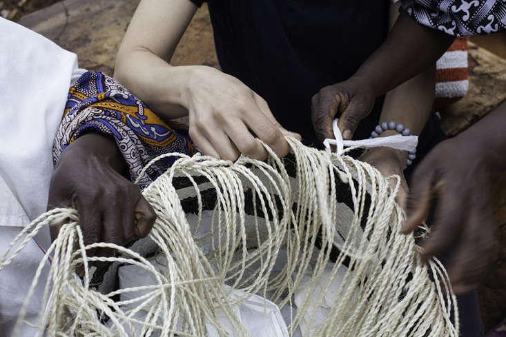 kiondo-basket-weaving-technique-gardenista