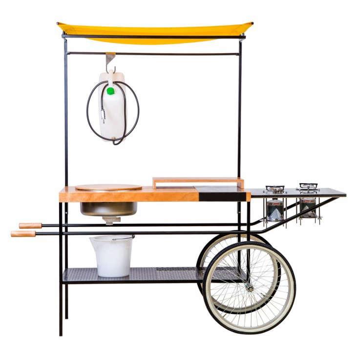outdoor-kitchen-wheels-conran-momang-gardenista-1