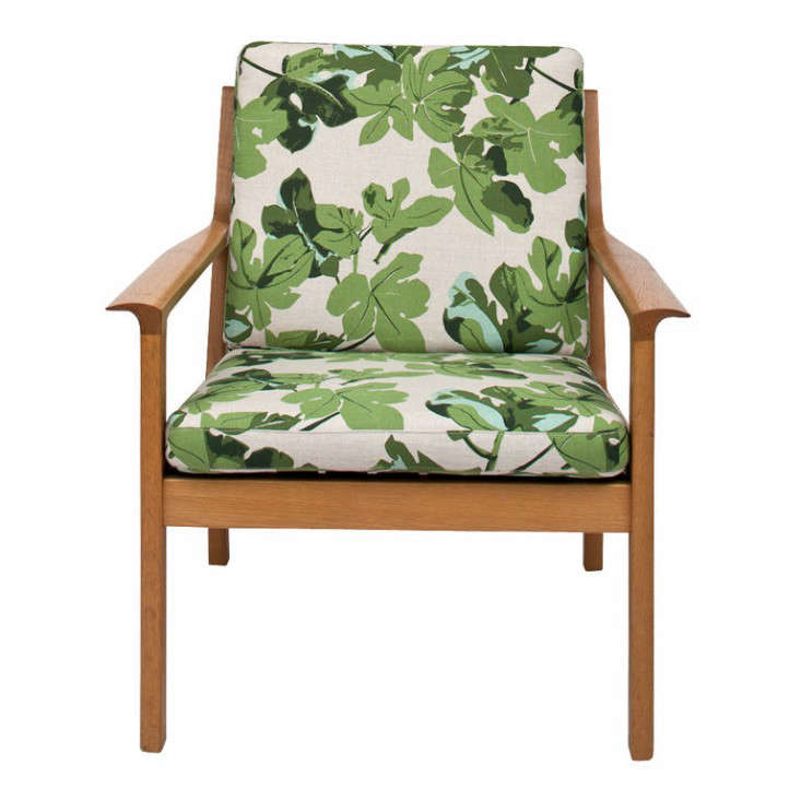 tropical-print-mid-century-chair-peter-dunham-gardenista