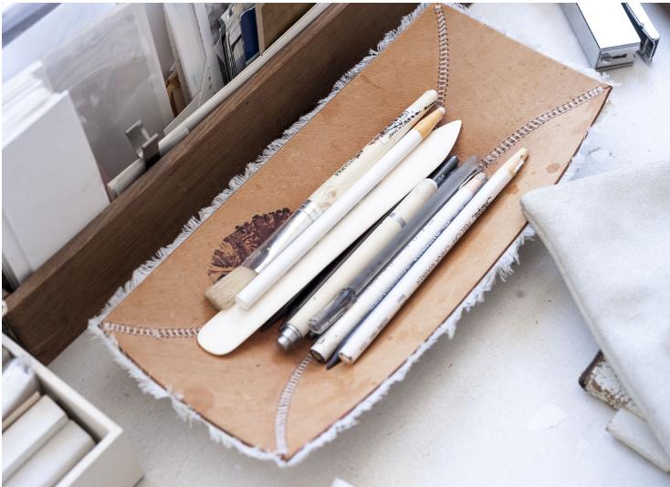 white-chinagraph-pencil-gardenista