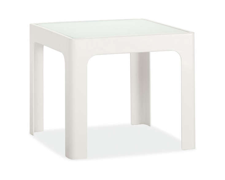 white-outdoor-side-table-square-gardenista