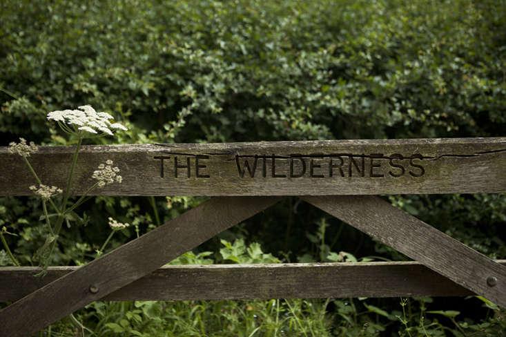 wilderness house-3-jim-powell-photo-gardenista