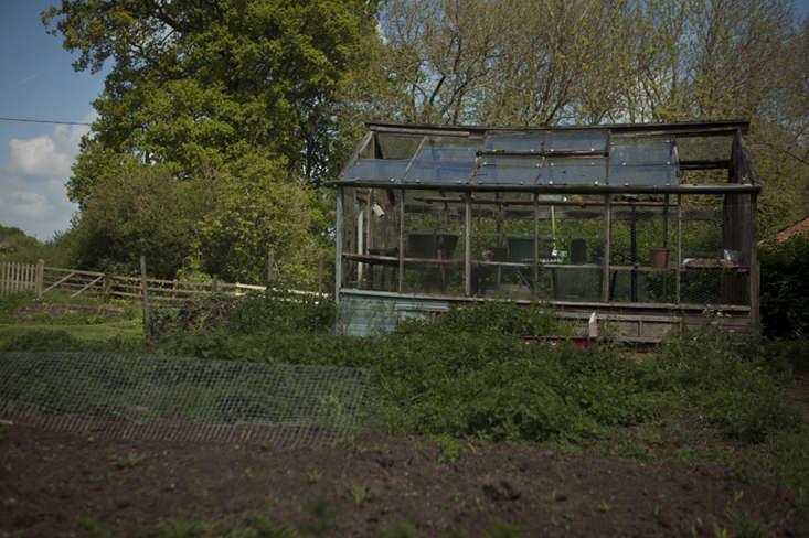 wilderness house-8-jim-powell-photo-gardenista
