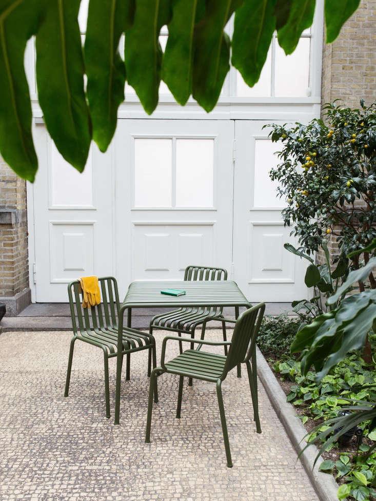 HAY_Palissade _outdoor_furniture_gardenista_027