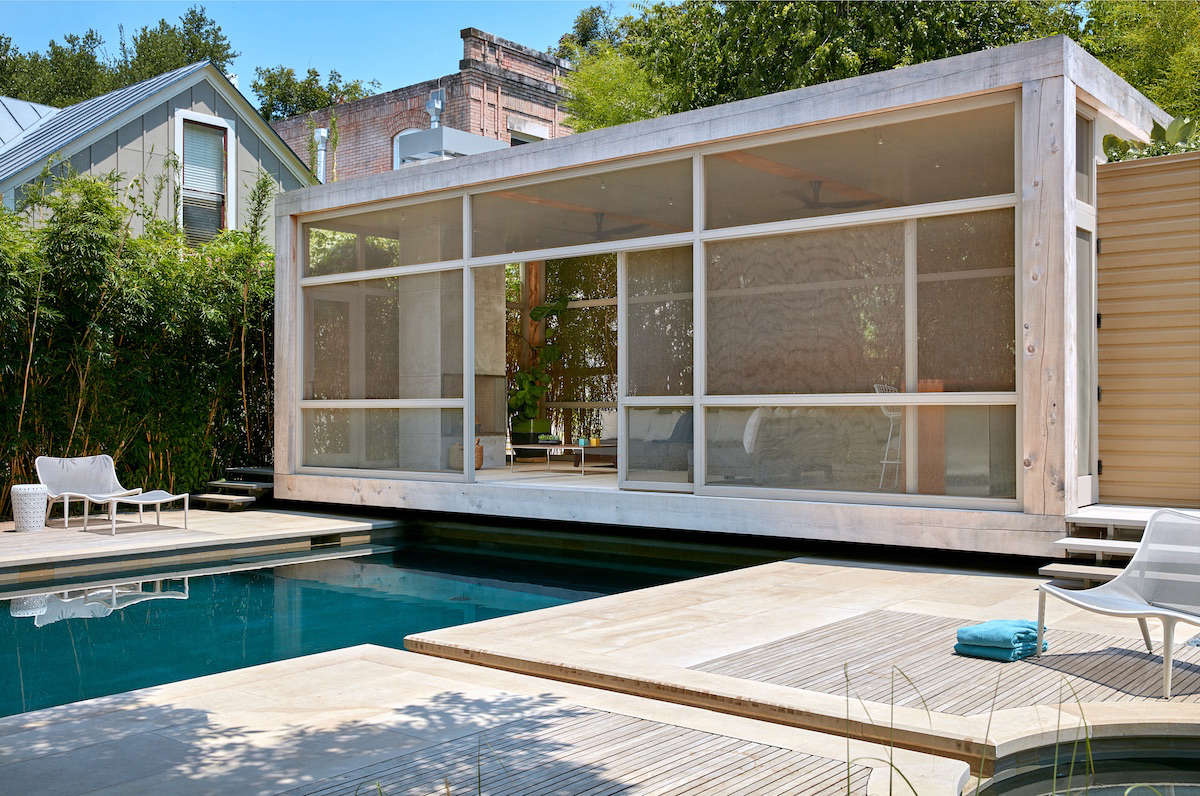 Pool and Pavilion in San Antonio by Poteet Architects | Gardenista