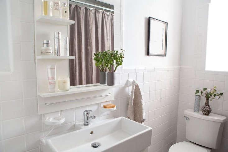 athena-calderone-bathroom-remodelista-1