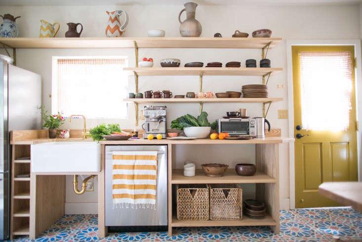 beatrice-valenzuela-remodelista-kitchen