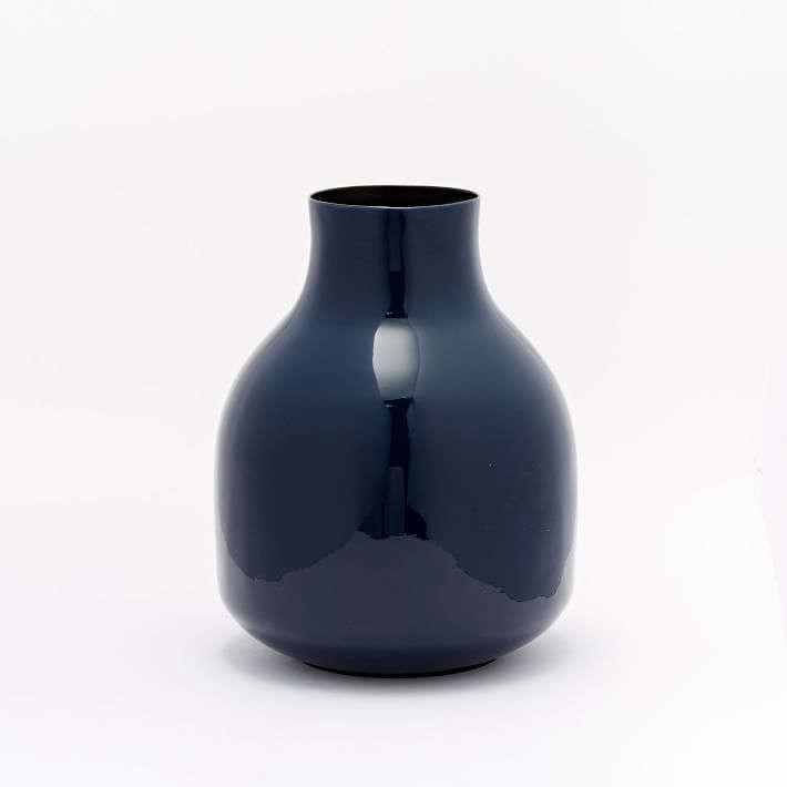 enamel-bud-vase-dark-blue-indigo-short-gardenista