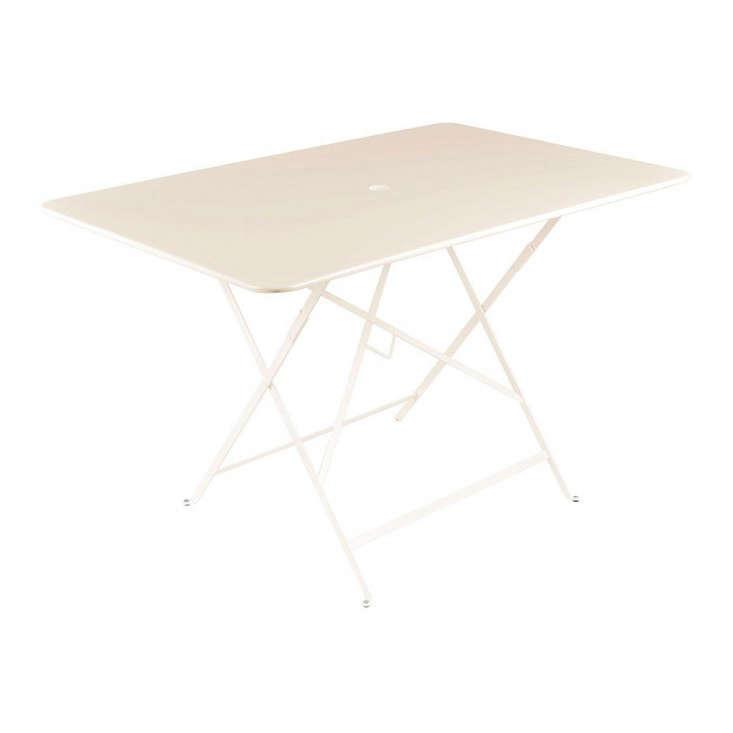 fermob-folding-linen-bistro-table-gardenista