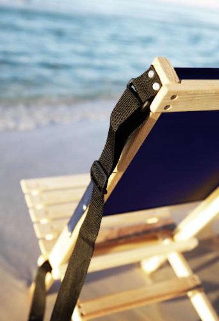 folding-canvas-beach-chair-gardenista